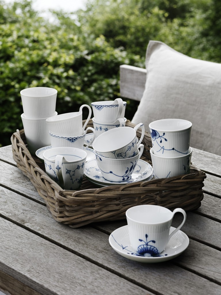 royal-copenhagen-blue-fluted-mega-denmark-danish-design-china-porcelain-768x1024